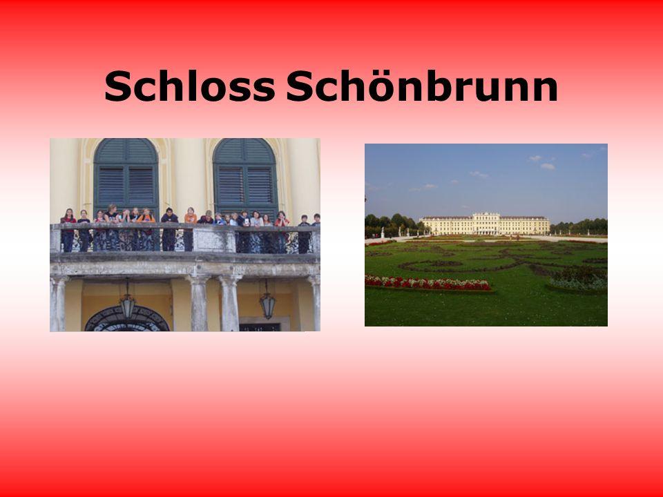 Schloss Schönbrunn Das Weltkulturerbe Schloss Schönbrunn mit seinen Gärten entführt Sie in ein prunkvolles Gesamtkunstwerk barocker Kultur.