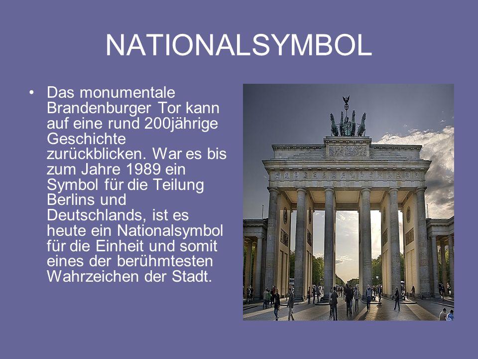 ENTSTEHUNG Das Brandenburger Tor entstand in den Jahren 1788 bis 1791 nach Entwürfen von Carl Gotthard Langhans d.Ä., der sich stark an den Propyläen der Athener Akropolis orientierte.