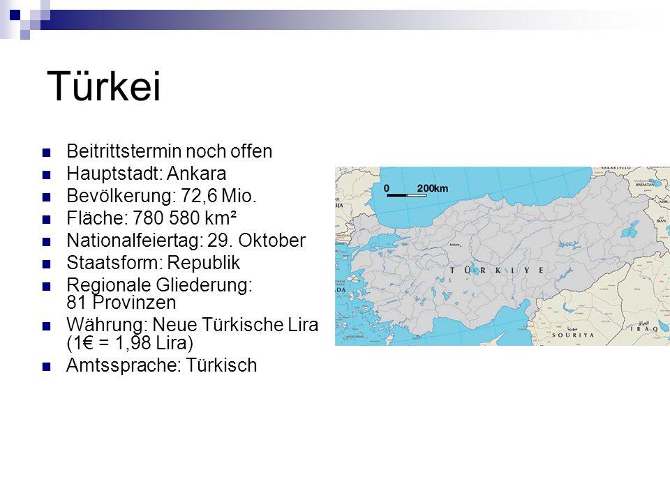 Wusstest du, dass… …Kaiser Konstantin im Jahr 330 die damalige Metropole Byzanz, die ihm zu Ehren dann Konstantinopel genannt wurde und heute Istanbul heißt, zur Hauptstadt des Oströmischen Reiches machte?...