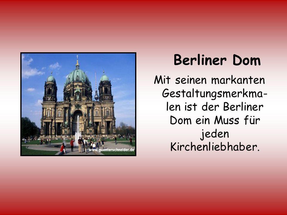 Berliner Mauer Am 13.August 1961 baute die DDR eine Mauer,die die beiden deutschen Staaten und Berlin voneinander trennte.