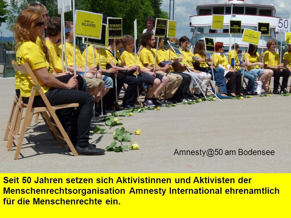Seit 50 Jahren setzen sich Aktivistinnen und Aktivisten der Menschenrechtsorganisation Amnesty International ehrenamtlich für die Menschenrechte ein.