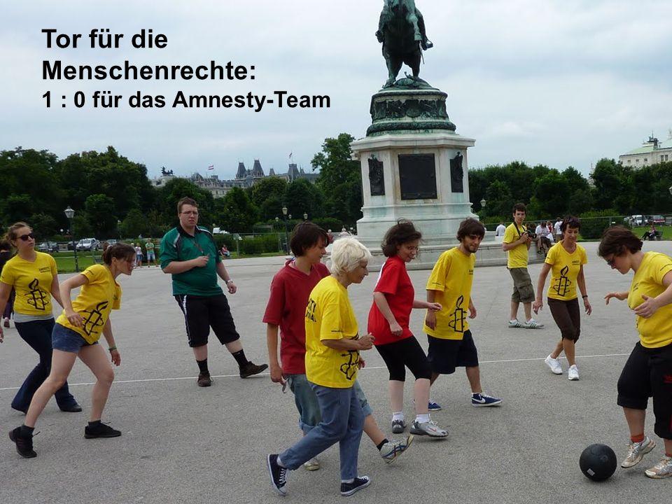 Tor für die Menschenrechte: 1 : 0 für das Amnesty-Team