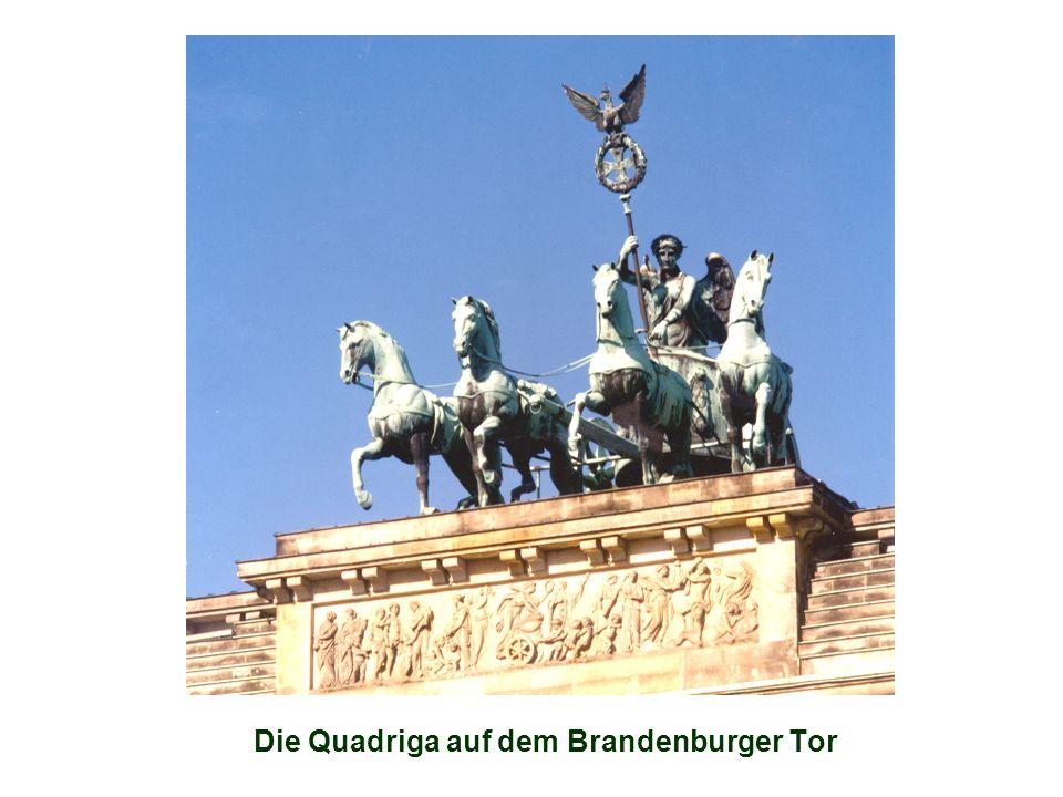 Kultur Schon in den zwanziger Jahren war Berlin eine Kulturmetropole, die zur absoluten Weltspitze zählte.