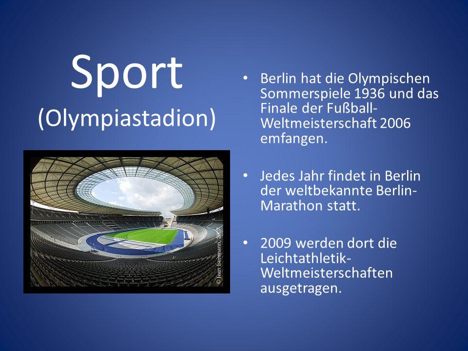 Sport (Olympiastadion) Berlin hat die Olympischen Sommerspiele 1936 und das Finale der Fußball- Weltmeisterschaft 2006 emfangen. Jedes Jahr findet in