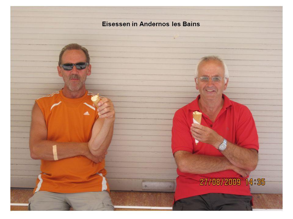 Eisessen in Andernos les Bains