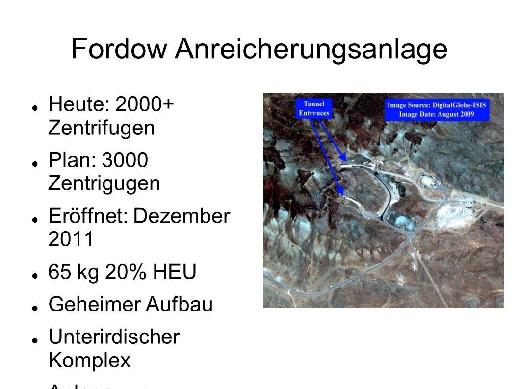 Weitere Anreicherung und Verarbeitung 2009 war geplant 10 Zentrifugenanlagen zu bauen Dies ist offiziell 2012 wieder bestritten worden 215 kg 20% U in UF 6 gebraucht um genug Material für eine Waffe zu haben Umwandlung von Uranoxid zu UF 6 in Tunnelanlagen bei Esfahan