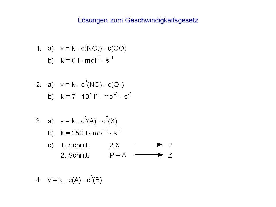Reaktionsgeschwindigkeit Versuch 3 Entfärbung der Lösung: Es sind keine MnO 4 – mehr vorhanden.