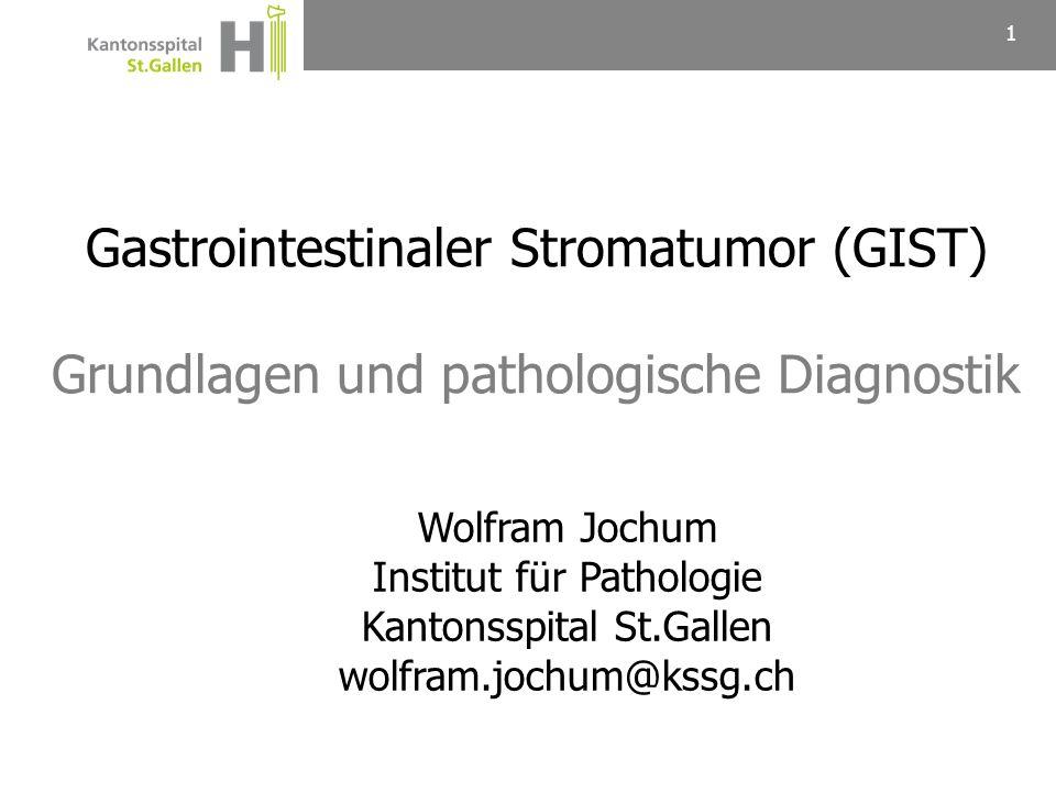 Mesenchymaler Tumor, der von den Cajal-Zellen des GI-Trakts ausgeht Lokalisation: Meistens im Magen (50-60%), weniger häufig im Dünndarm (20-30%), selten in Kolon/Rektum (5-10%), sehr selten im Ösophagus oder primär im Omentum Alter: Median 60-65 Jahre Geschlechtsverteilung: M ~ F Klinik: Polyp (Zufallsbefund), Blutung, mechanischer Ileus 2 Gastrointestinaler Stromatumor