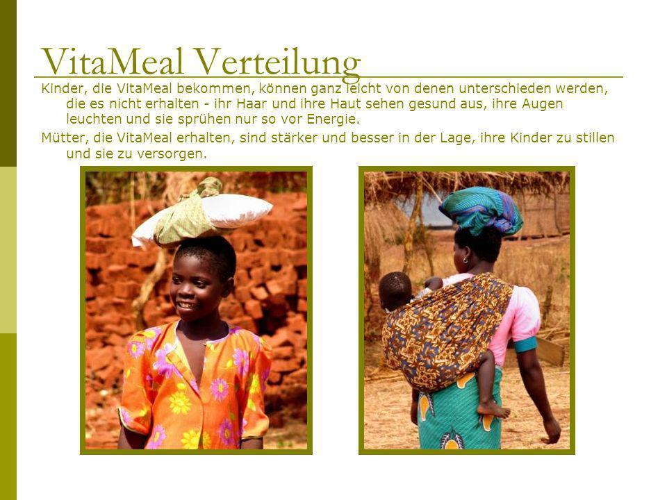 Kinder, die VitaMeal bekommen, können ganz leicht von denen unterschieden werden, die es nicht erhalten - ihr Haar und ihre Haut sehen gesund aus, ihr