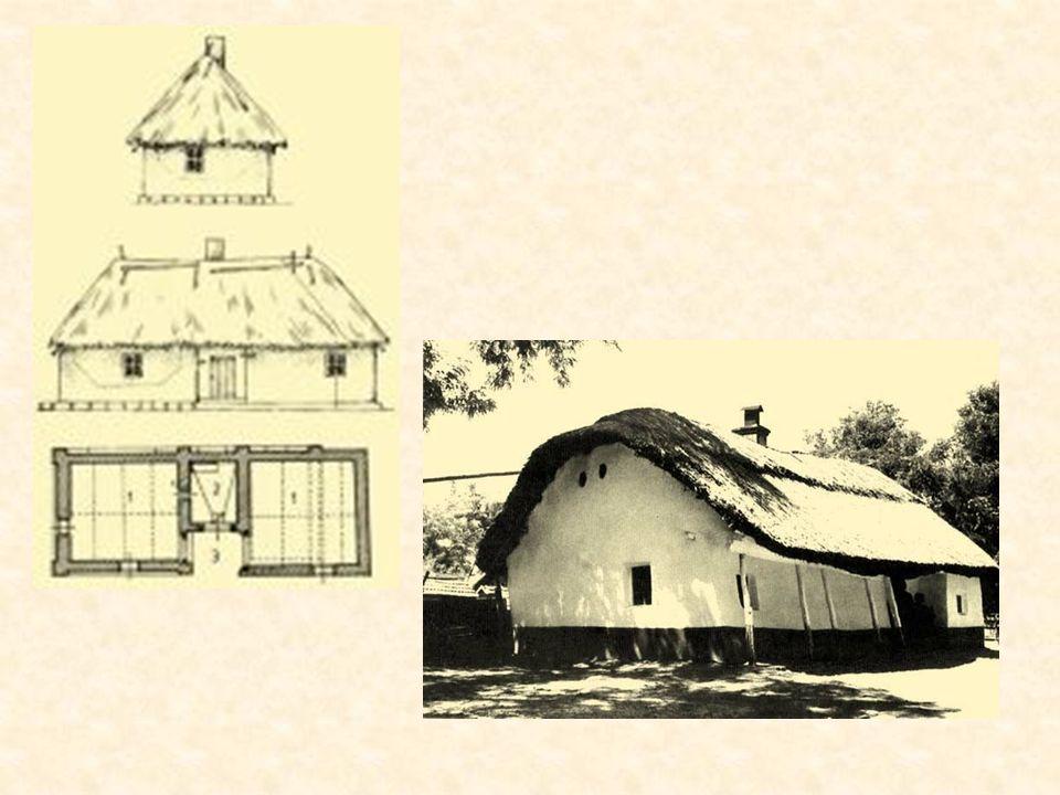 Am Ende des Mittelalters kann man schon klassische Bauernhäuser finden. Sie sind im ganzen Kárpáten –Becken sehr ähnlich. Diese Häuser haben drei Räum