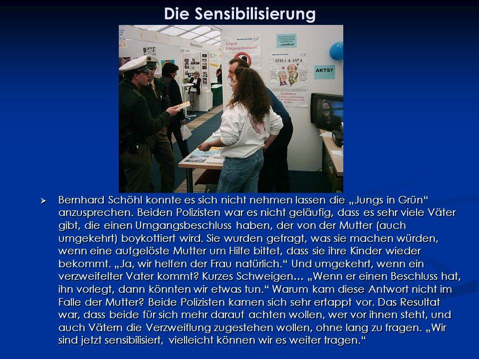 Die Sensibilisierung Bernhard Schöhl konnte es sich nicht nehmen lassen die Jungs in Grün anzusprechen.
