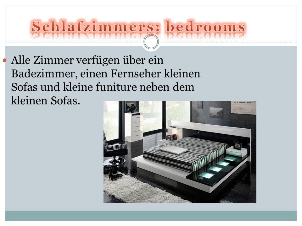 Alle Zimmer verfügen über ein Badezimmer, einen Fernseher kleinen Sofas und kleine funiture neben dem kleinen Sofas.