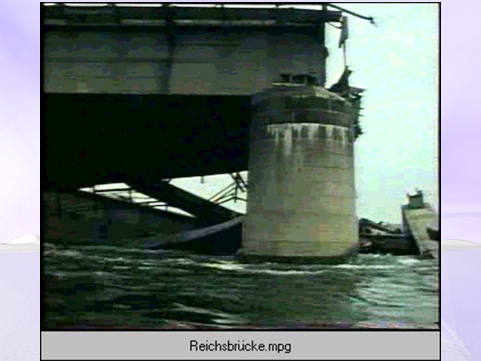 BRÜCKEN IN DIE ZUKUNFT Im Bauen an der Zukunft mutiert die Brücke von einer Metapher zur täglichen Gegenwart.