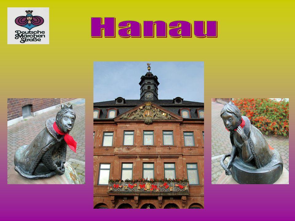 U Unsere Reise beginnt in Hanau, wo die Brüder Grimm zur Welt kamen.