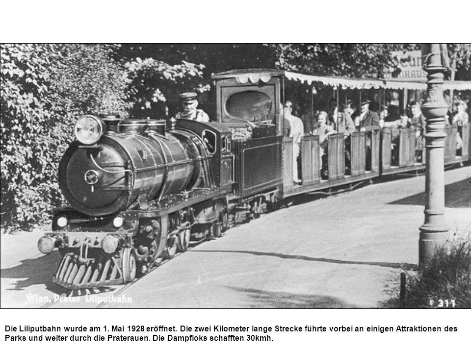 Die Liliputbahn wurde am 1. Mai 1928 eröffnet. Die zwei Kilometer lange Strecke führte vorbei an einigen Attraktionen des Parks und weiter durch die P