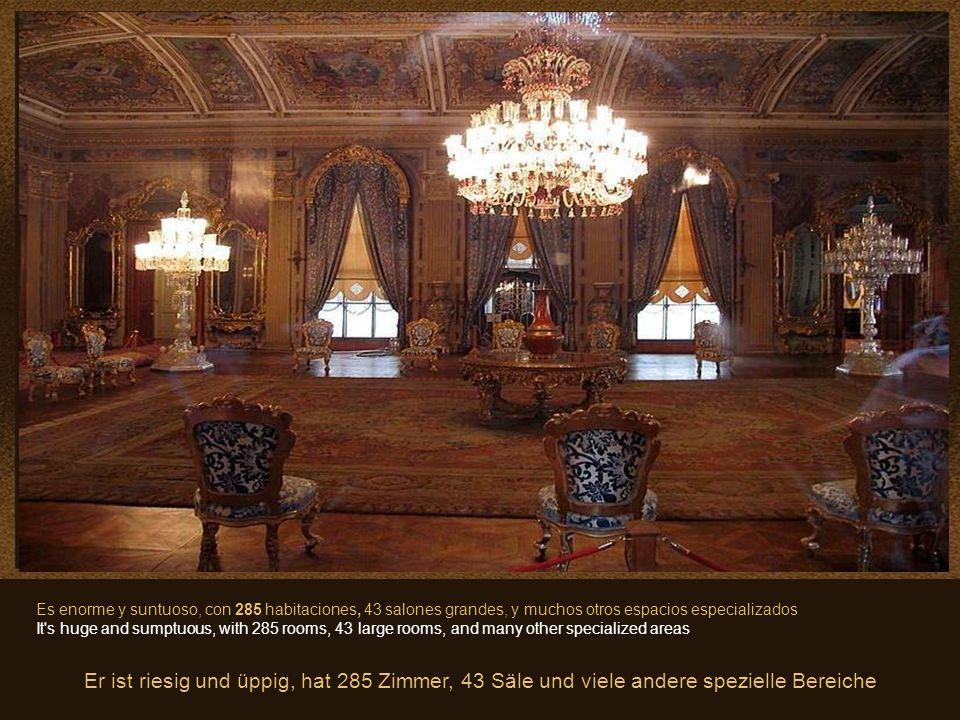 23 Dolmabahçe, es el más grande de los palacios imperiales otomanos Dolmabahçe, is the largest of the Ottoman imperial palaces Dolmabahçe ist der größ