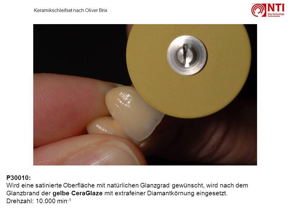 P30010: Wird eine satinierte Oberfläche mit natürlichen Glanzgrad gewünscht, wird nach dem Glanzbrand der gelbe CeraGlaze mit extrafeiner Diamantkörnu