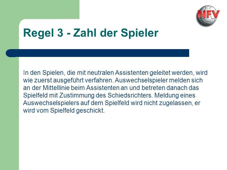 Für den Spielbetrieb in Niedersachsen bestehen wir nicht darauf, dass ein Auswechselspieler das Spielfeld an der Mittellinie betritt, wenn der Schieds