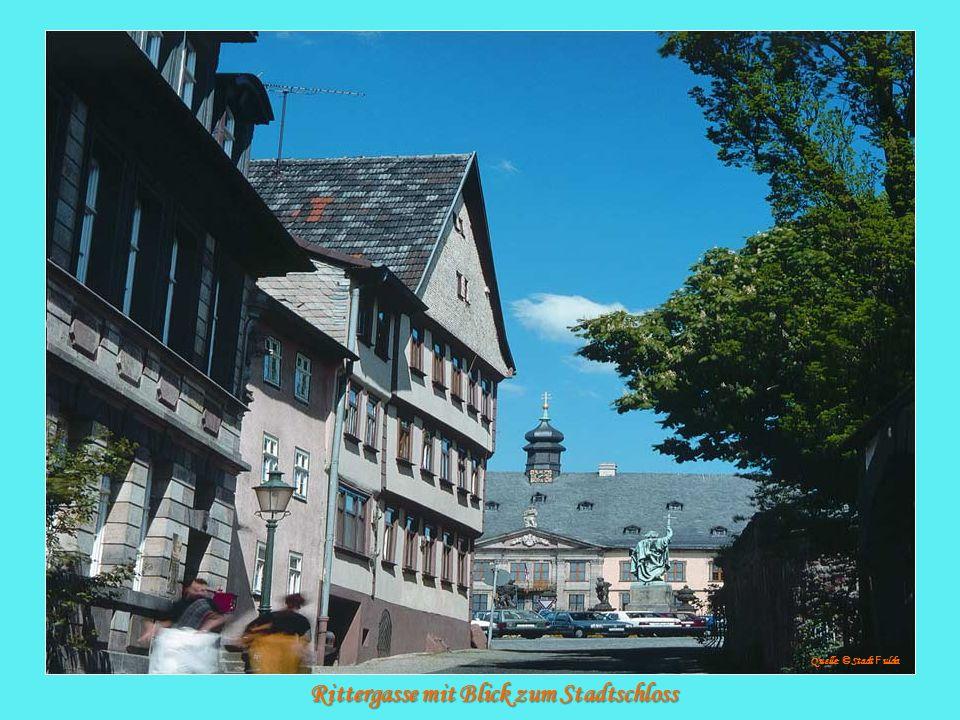 Rittergasse mit Blick zum Stadtschloss Rittergasse mit Blick zum Stadtschloss Quelle: © Stadt F ulda