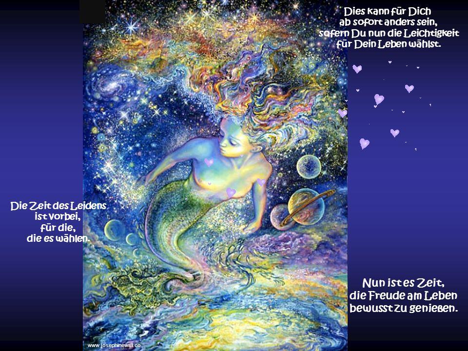 Meist war es Dir nur dadurch in diesem Leben als Mensch möglich, Deine Seele zu öffnen und Deinen Ursprung zu fühlen... eine Erweiterung Deines Bewuss