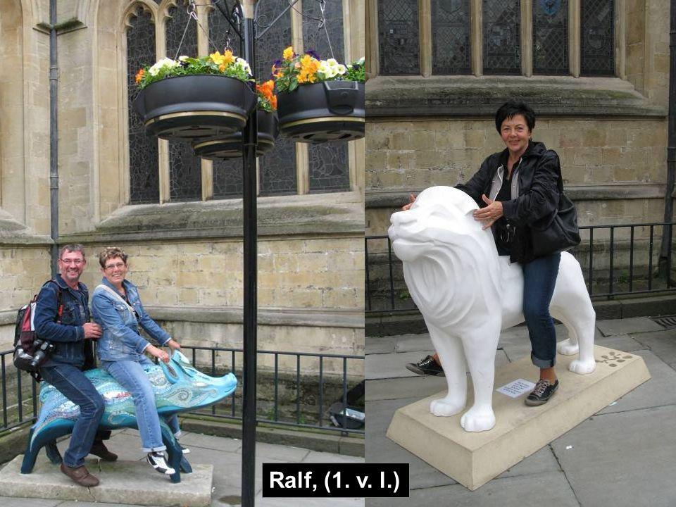 Ralf, (1. v. l.)