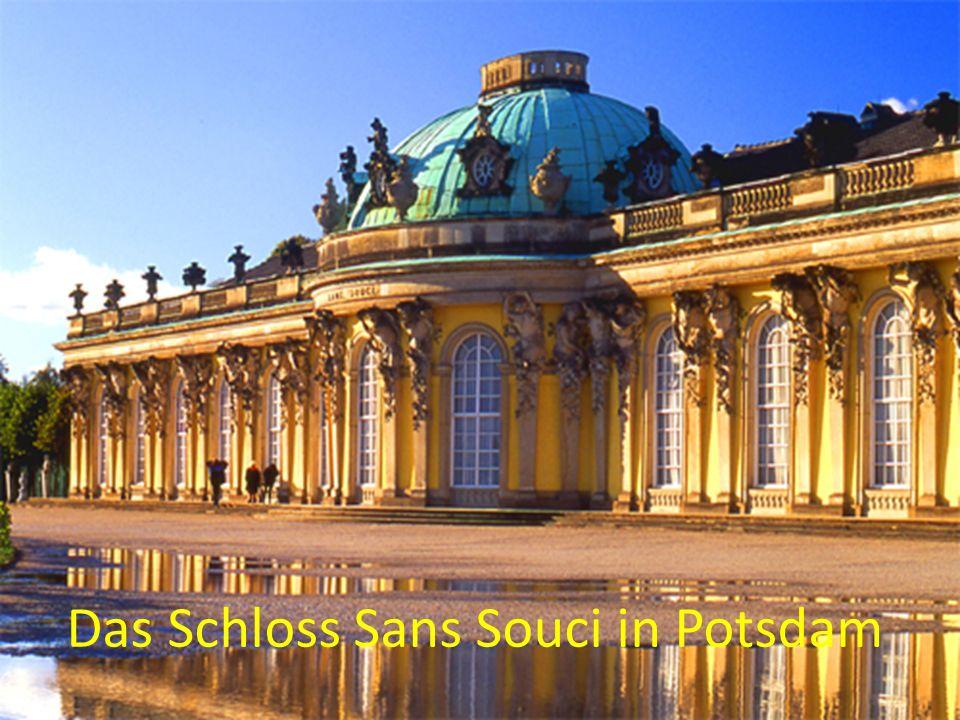 Das Schloss Sans Souci in Potsdam