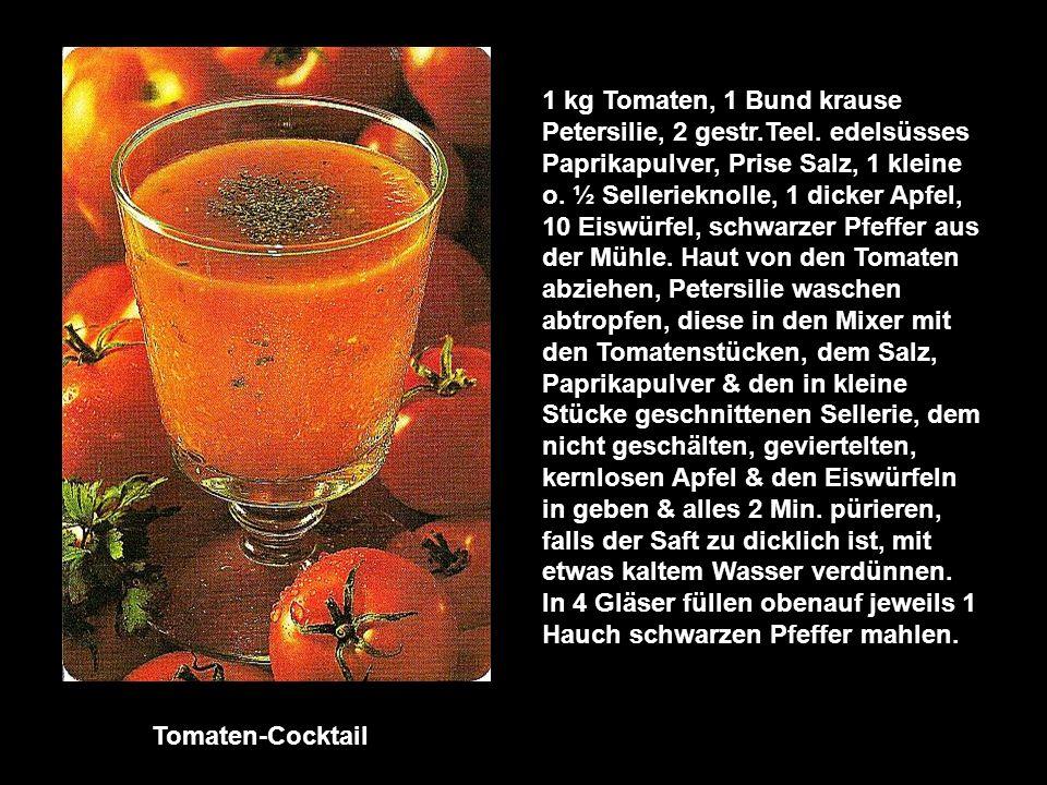 Gurkensaft-Mix 4 dicke Einlege- oder 2 Salatgurken, 2 Grapefruits, 4 Eiswürfel, Prise Salz, 2 Essl.
