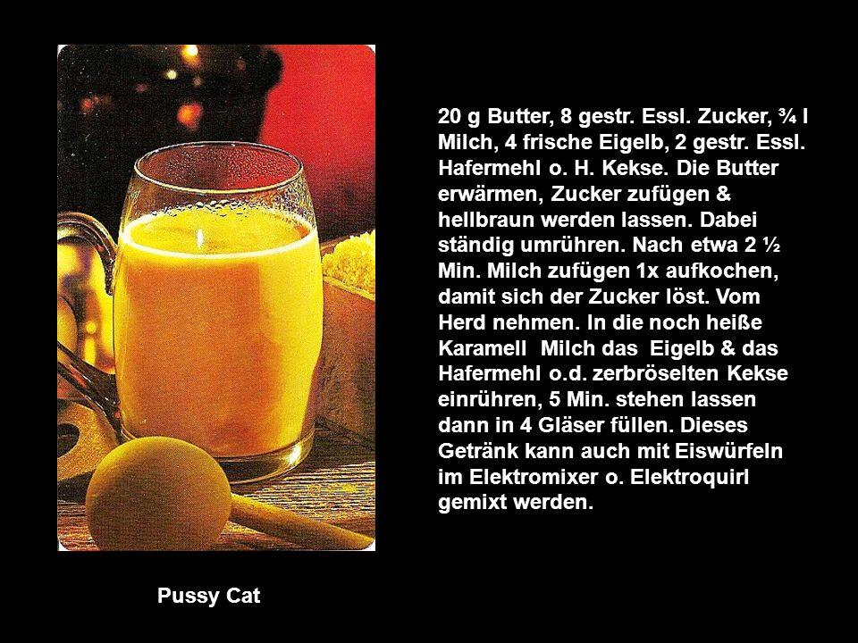 Vegetable Cocktail 500 frische Möhren, 1 Tomate, 1 Bund Petersilie, 100 g Sellerie Knolle 4 Zitronenscheiben 1 Grapefruit, Prise Salz.