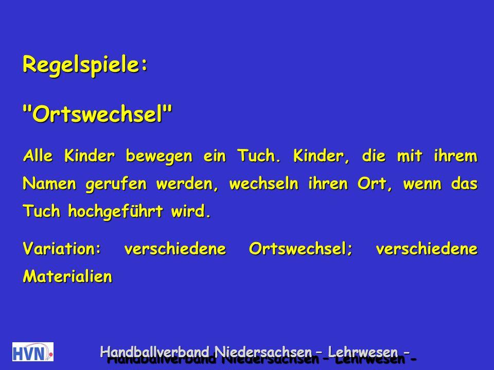 Handballverband Niedersachsen – Lehrwesen - Kooperative Spiele: Riesentasche Viele Kinder tragen gemeinsam ein Tuch/eine Plastik- plane.