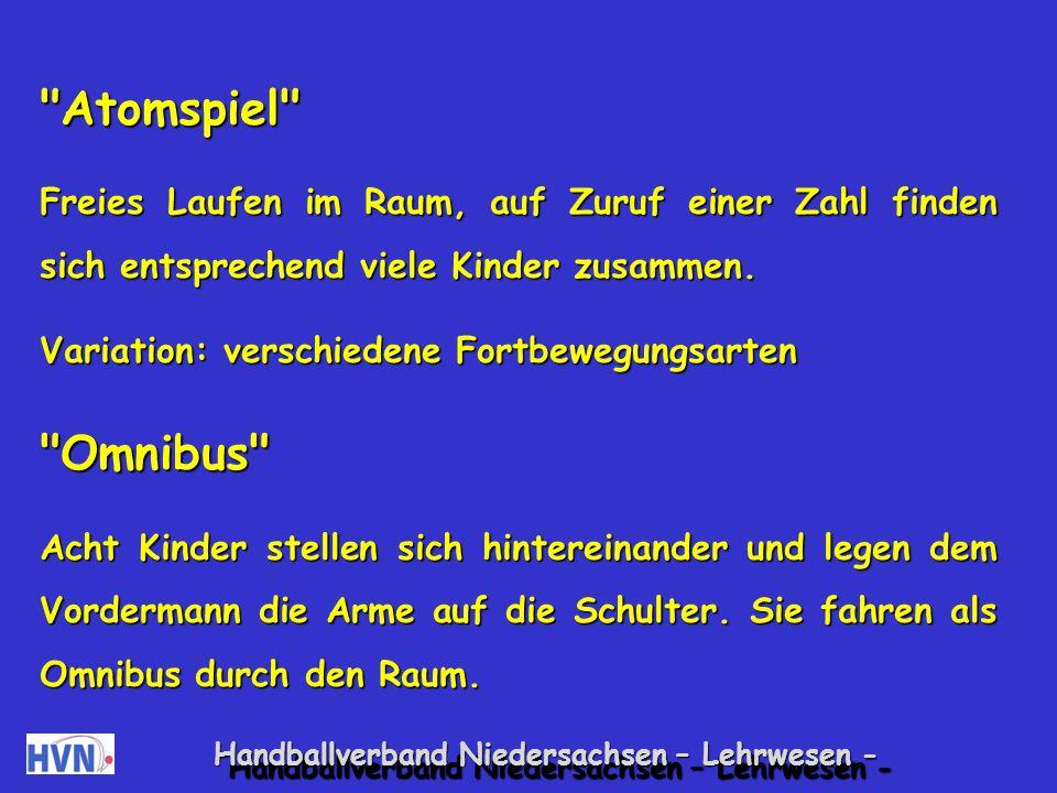 Handballverband Niedersachsen – Lehrwesen - Spiele zur Förderung der Kontaktfähigkeit Kutscher und Pferd Ein Kind spielt Kutscher, ein anderes das Pferd.