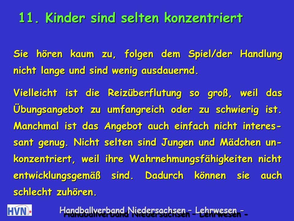 Handballverband Niedersachsen – Lehrwesen - Entspannungsspiele Luftmatratze Partnerweise: Ein Kind liegt auf dem Boden und stellt eine luftleere Luftmatratze dar.