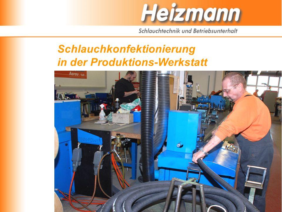 Schlauchkonfektionierung in der Produktions-Werkstatt