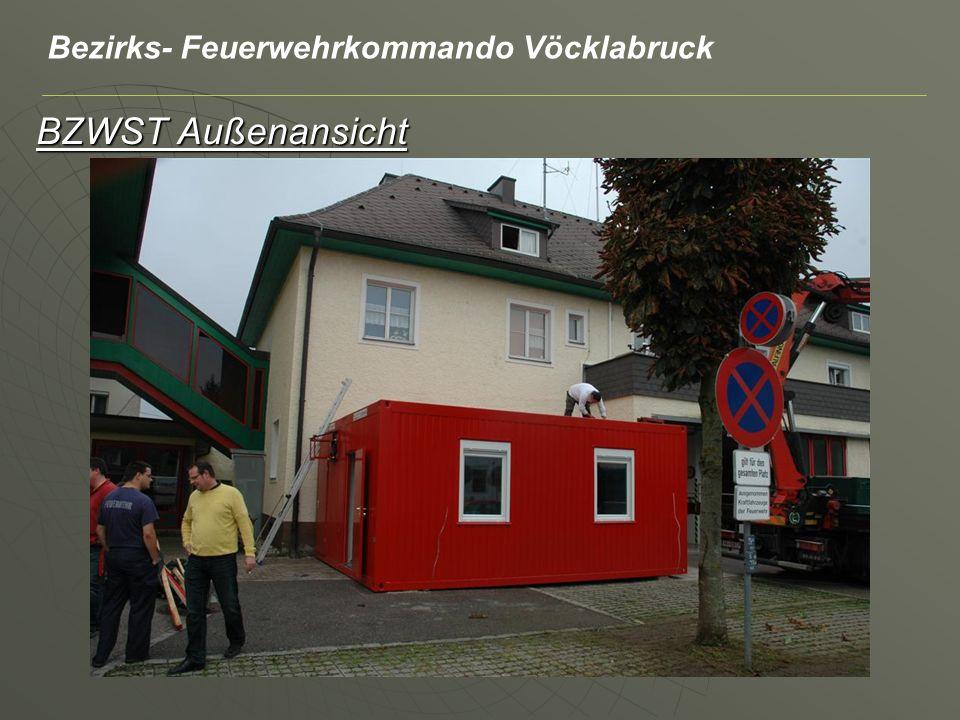 BZWST Außenansicht Bezirks- Feuerwehrkommando Vöcklabruck