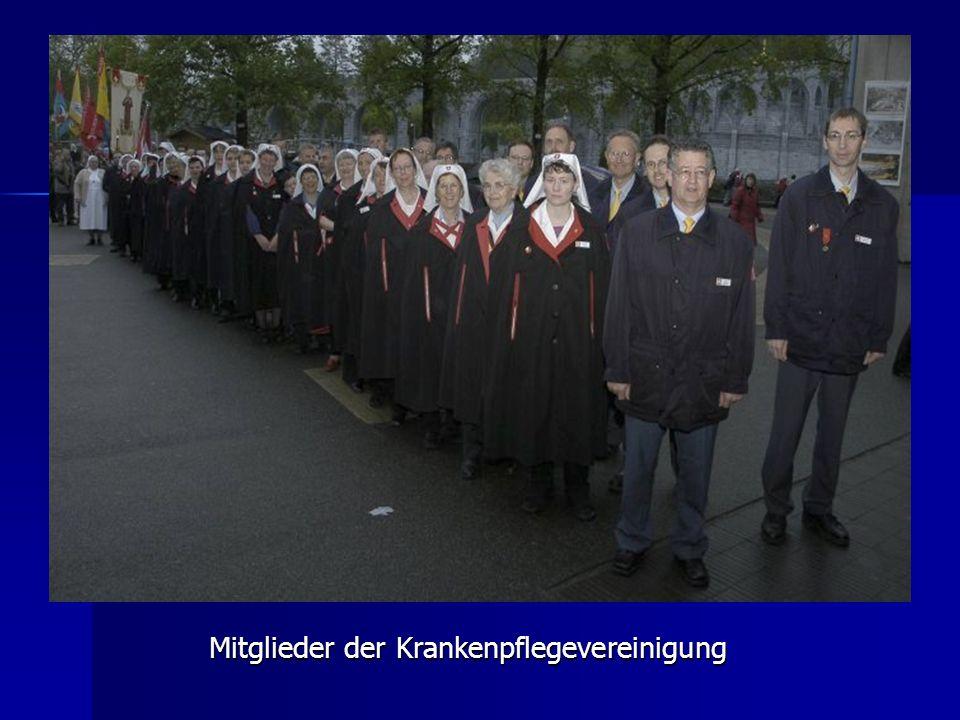 Mitglieder der Krankenpflegevereinigung