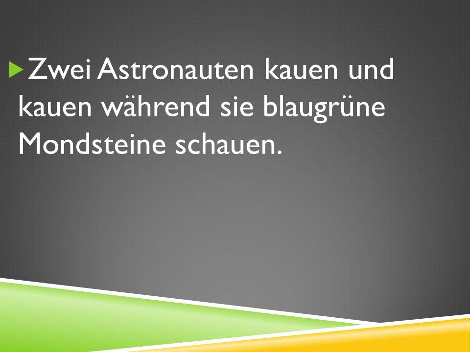Zwei Astronauten kauen und kauen während sie blaugrüne Mondsteine schauen.