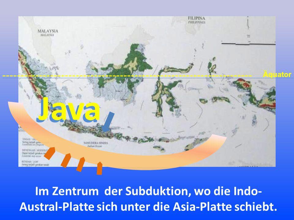 Im Geologischen Museum von Bandung wird der Verlauf der Subduktion gezeigt mit: Ost-Java Zentral-Java West-Java 1.einem Modell der Vulkanlandschaft