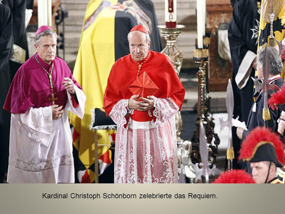 Der aufgebahrte Sarg von Otto Habsburg vor Beginn des Requiems im Stephansdom.