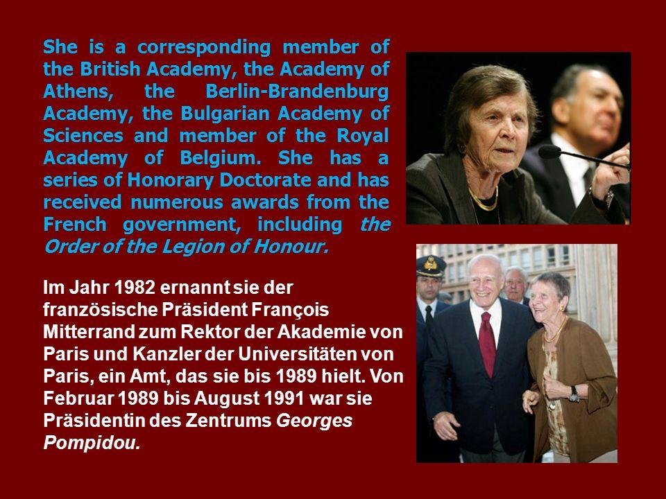 Im Jahr 1982 ernannt sie der französische Präsident François Mitterrand zum Rektor der Akademie von Paris und Kanzler der Universitäten von Paris, ein