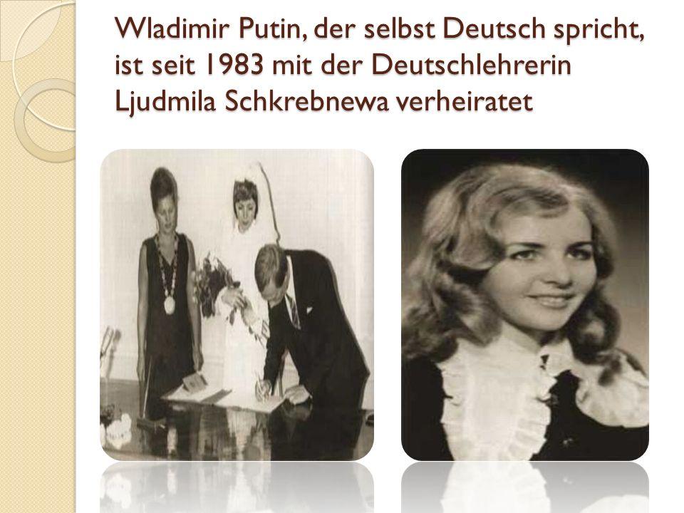 Seine berufliche Karriere Putin absolvierte zunächst ein Jura-Studium an der Universität Leningrad. Von 1975 bis 1992 war er KGB-Offizier in der erste