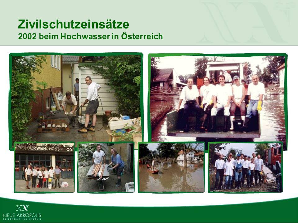 Zivilschutzeinsätze 2002 beim Hochwasser in Österreich