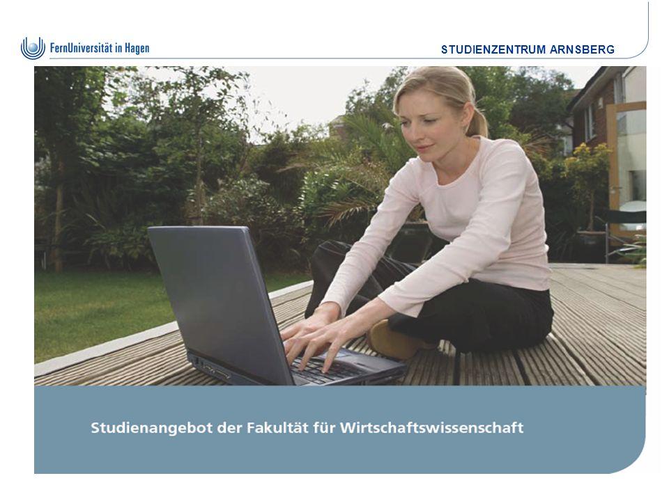 STUDIENZENTRUM ARNSBERG Die Studienorganisation Einschreibung / Bewerbung für die Schüler des Berufskollegs erfolgt die Einschreibung im September außerhalb der normalen Frist ohne Verwaltungs- gebühren.