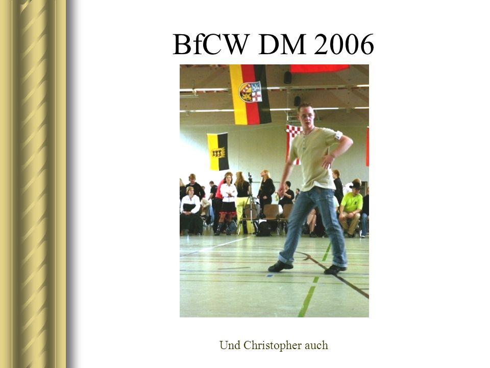BfCW DM 2006 Yvonne schaut kritisch und Jasmin langweilt sich