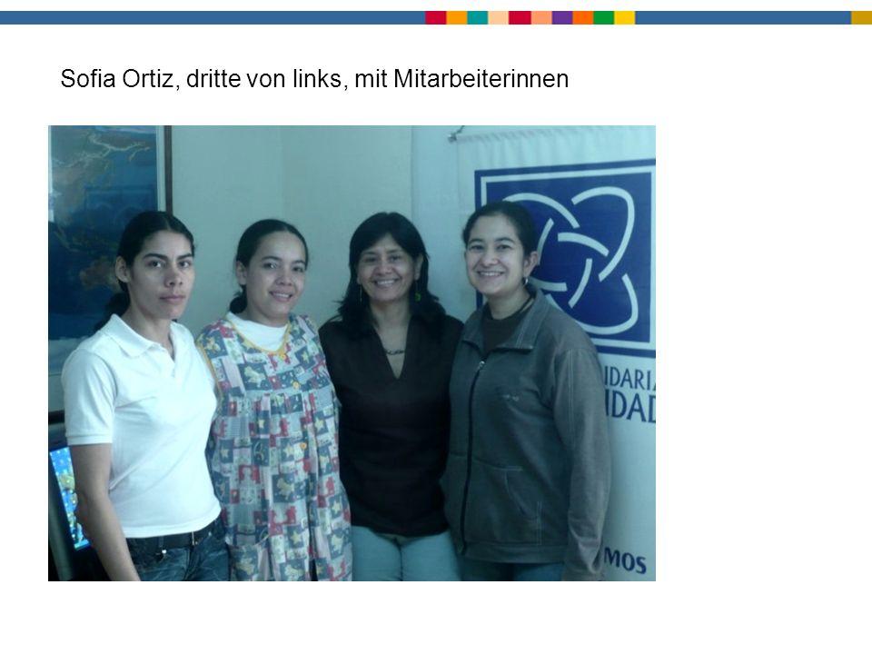 Leitungsteam Sofia Ortiz, dritte von links, mit Mitarbeiterinnen