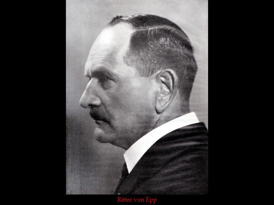 Genral von Epp mit Dr. Goebbels auf dem Nürnberger Parteitag 1929