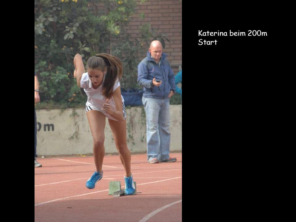 Katerina beim 200m Start