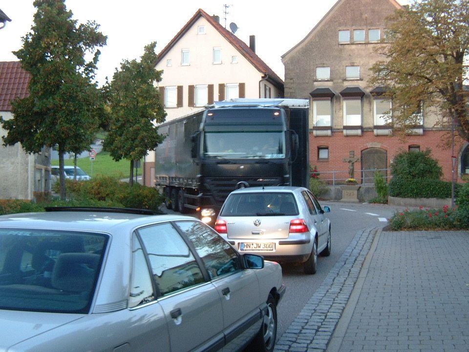 Bürgerinitiative Kirchhausen U 62 und U65 ist überlastet bei Stau auf der A6 30.01.200814Verfasser: Jürgen Wörsching