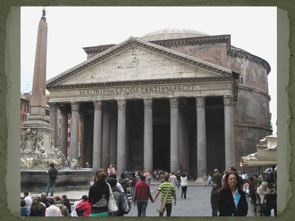 Es wurde 27 vor Christus durch Agrippa als Tempel der 7 Planetengötter errichtet.