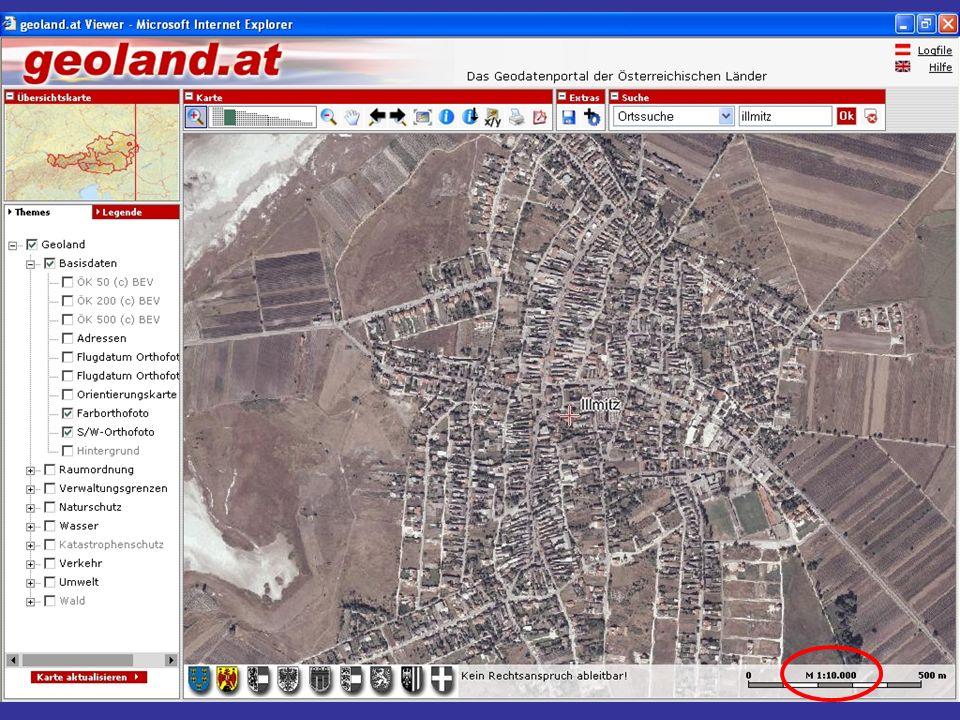In einer Karte ist das Gelände senkrecht auf eine horizontale Bezugsfläche projiziert.