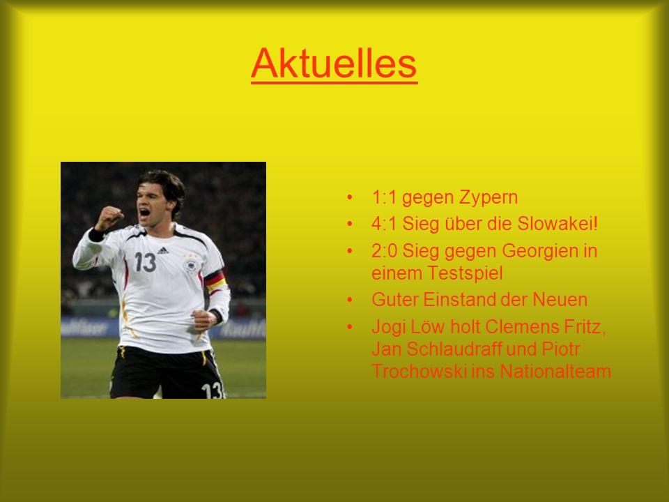 Die deutsche Fußballnationalmannschaft 1954, 1974, 1990 Weltmeister 1972, 1980, 1996 Europameister Trainer: Joachim Löw Co-Trainer: Hans Flick FIFA-We