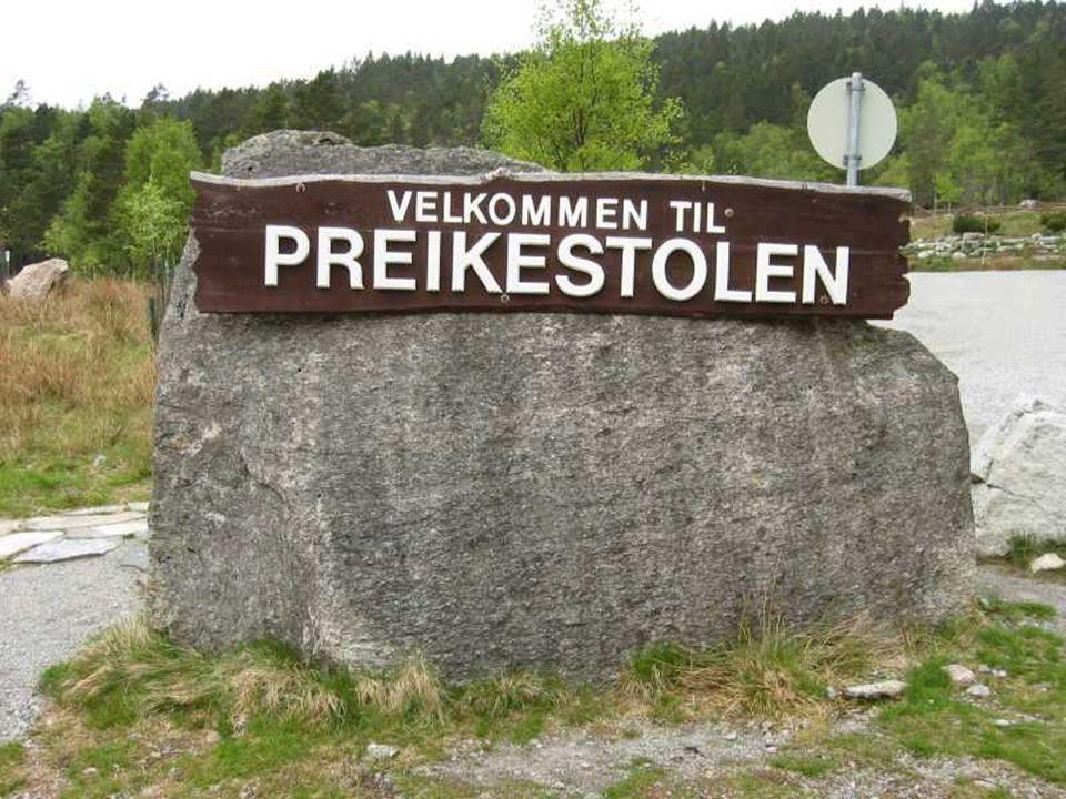 In der Nähe von Stavanger in Norwegen gibt es einen geheimnisvollen Felsen.